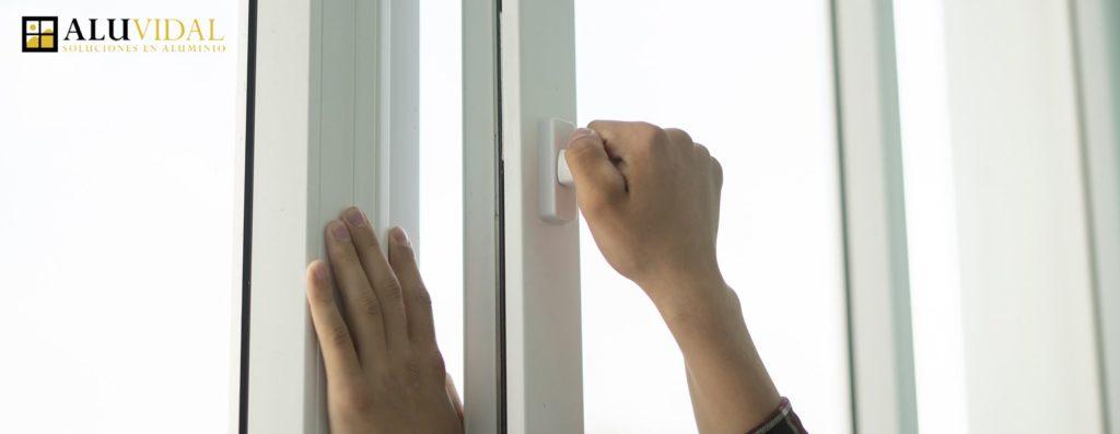 Foto de Aísla tu casa con ventanas de aluminio con RPT